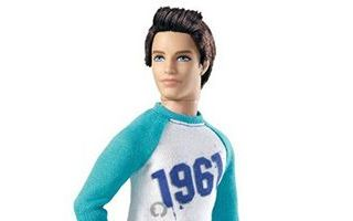 Barbie Fashionistas Swapin Styles Ken Sporty Doll 2010