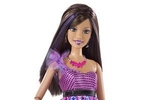 Barbie Fashionistas Swapin Styles Sassy Doll with Pet 2010