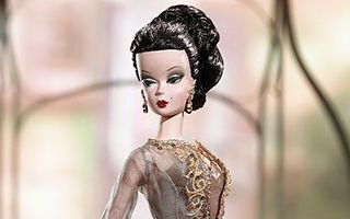 Chataine Barbie 2003 (F.A.O. Schwarz exclusive)