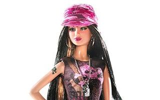 Hard Rock Cafe Barbie 2006 (Brunette)