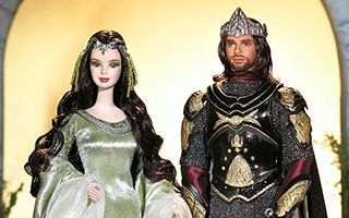 Barbie and Ken as Arwen and Aragorn in The Lord of the Rings 2004