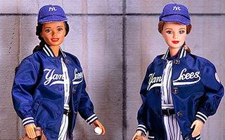 New York Yankees African-American Barbie 1999
