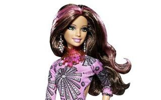 Barbie Fashionistas Swapin Styles Sassy Doll 2011