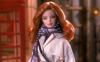 Burberry Barbie 2001