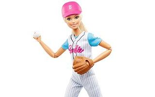 Made to Move Baseball Player Barbie 2018