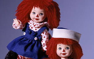 Kelly Doll and Tommy Doll as Raggedy Ann and Andy 2000