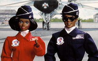 Air Force African-American Barbie and Ken Deluxe Set 1994