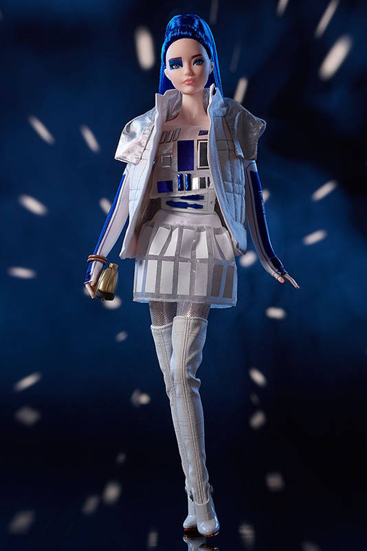 промо-фото Star Wars R2D2 x Barbie 2019